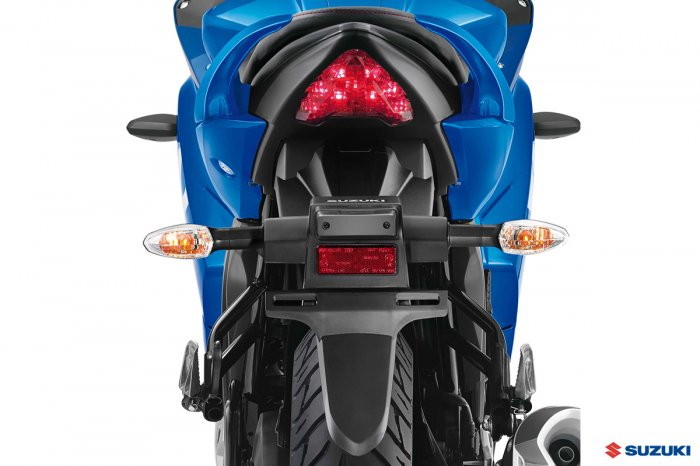 suzuki-gixxer-sf-backside